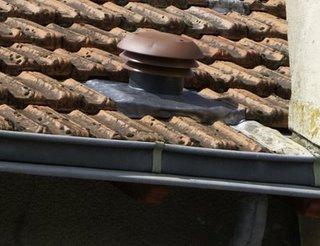 montage des chapeaux de toiture paperblog. Black Bedroom Furniture Sets. Home Design Ideas