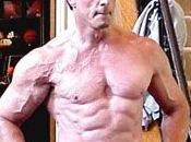 Sylvester Stallone dans Batman?