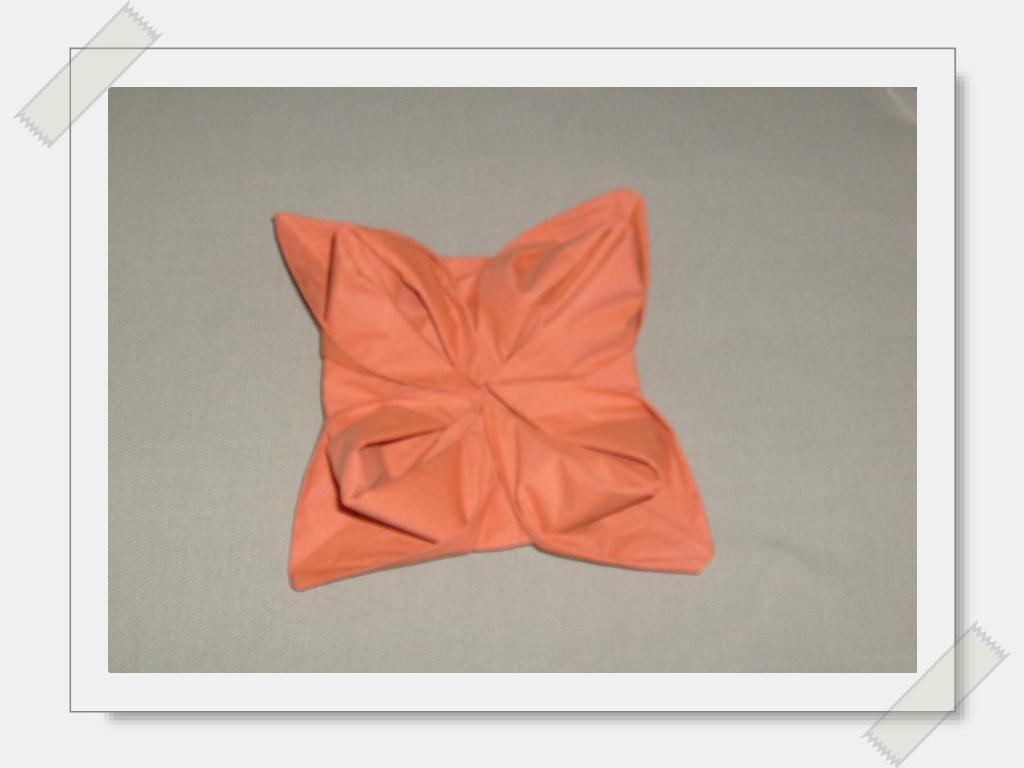 pliage serviette de table paperblog. Black Bedroom Furniture Sets. Home Design Ideas