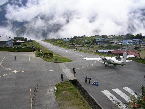 L'aéroport de Lukla-1