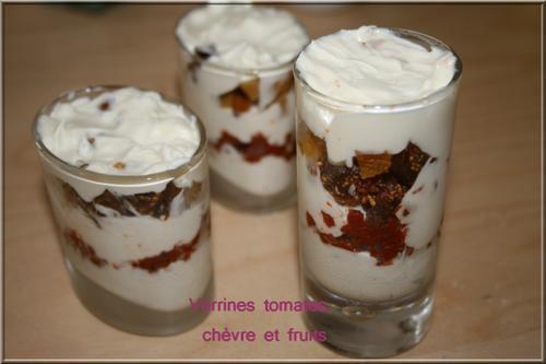 Verrines à la crème de chèvre, tomates confites et fruits secs