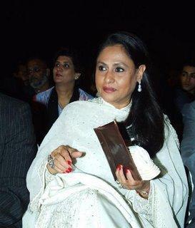 Interview de Jaya Bachchan sur Rekha et Srk
