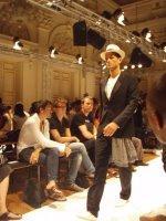 qu'est ce qui est a la mode : fashion week a paris vue par bUdDhapESte mINicHIC)