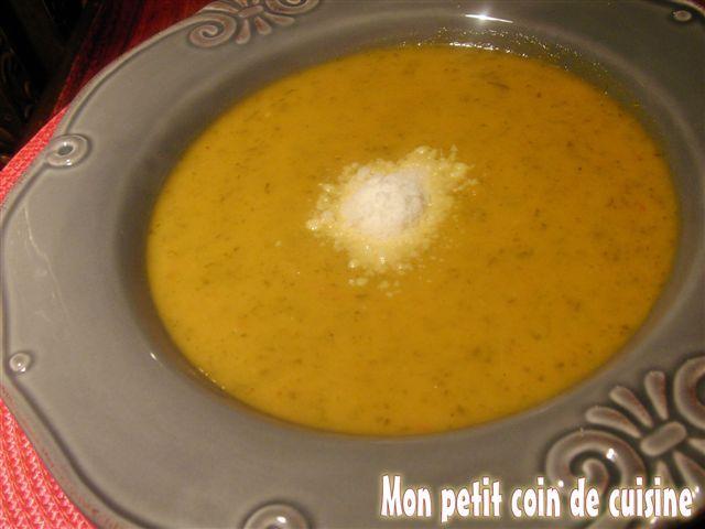 Velouté de fanes de carottes (sans lait de vache)