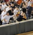 batte de baseball dans le public, rattrapage