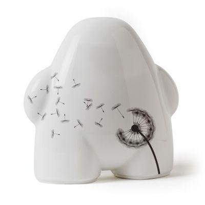 urban gnomes les nains de jardin design paperblog. Black Bedroom Furniture Sets. Home Design Ideas