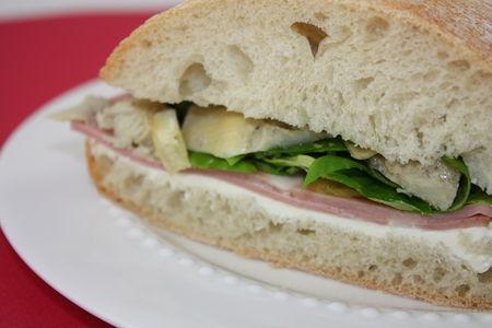 Sandwich___la_mortadelle_et_aux_artichauts_grill_s