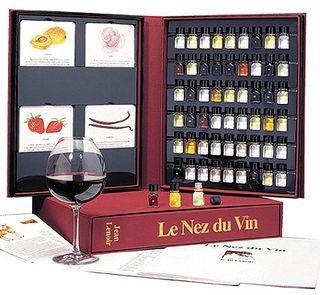 Id e cadeau le nez du vin un classique ind modable voir - Idee cadeau autour du vin ...