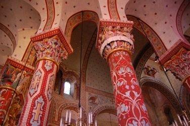http://media.paperblog.fr/i/145/1452144/eglise-saint-austremoine-dissoire-L-1.jpeg