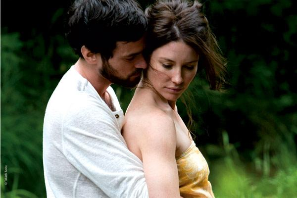 Romain Duris et Evangeline Lilly. Mars Distribution