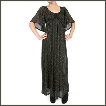 Robe longue en gaze de laine pour la femme artiste