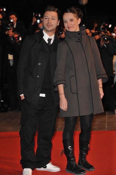 Christophe Maé n'est pas venu seul hier aux NRJ Music Awards .