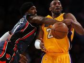 Report Angeles Lakers battu domicile frenchies