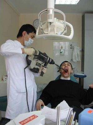http://media.paperblog.fr/i/153/1530898/nouveau-dentiste-escroc-pas-trop-L-1.jpeg