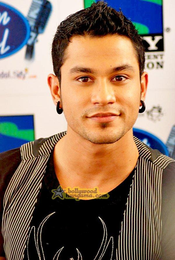 [PHOTOS] Soha Ali & Kunal Khemu on Indian Idol - Paperblog