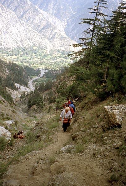 pakistan-col-3015m-afghanistan.1234868538.jpg