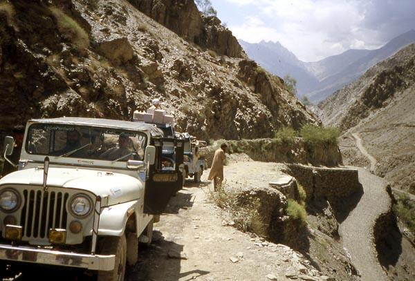 pakistan-jeep-mahindra.1234868555.jpg