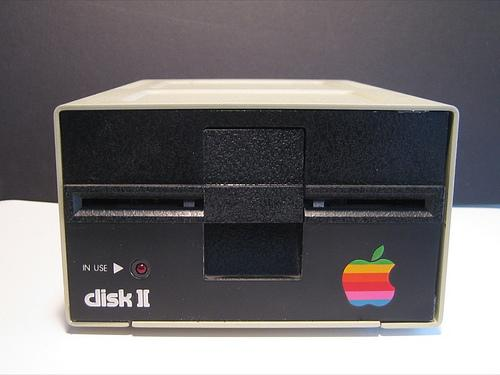 Floppy_apple
