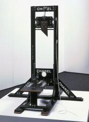 guillotine chanel.JPG