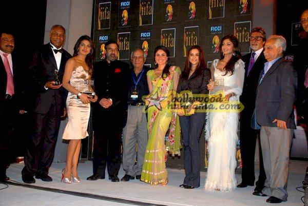[PHOTOS] The glittering FICCI-IIFA awards Nite