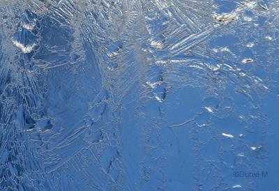 La Chaux-de-Fonds: givre sur vitre 19 février 2009