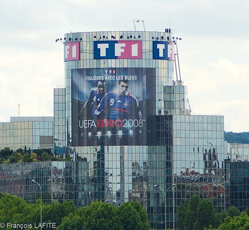 L'action du groupe TF1 en chute de 16% à la bourse de Paris