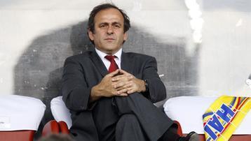 Platini : le foot est menacé