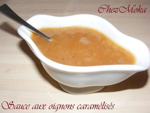 Sauce aux oignons caramélisés.