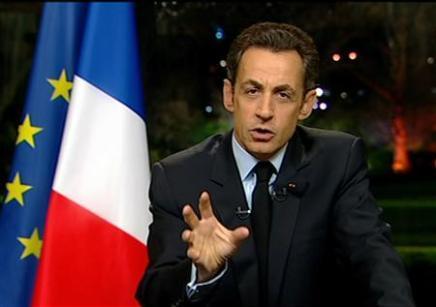 Sarkozy débordé par la crise sociale