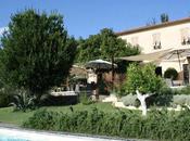 Toile Blanche: maison d'hôtes chic arty Provence