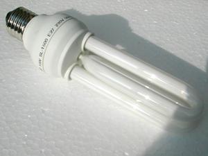 calculer la rentabilit des ampoules conomiques paperblog. Black Bedroom Furniture Sets. Home Design Ideas
