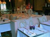 Cristal Room Baccarat restaurant tendance scène Philippe Starck.