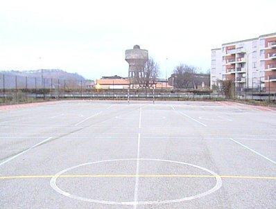 http://media.paperblog.fr/i/180/1805838/stade-carmes-L-1.jpeg