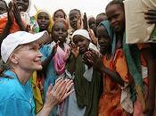 Farrow entreprend grève faim pour Darfour
