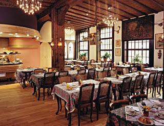 Best Western Hôtel Monopole Métropole ***