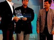 abhi, prashoon, malaika ndtv tech life awards