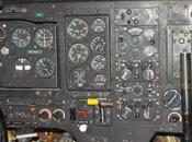 quel avion appartient tabbleau bord