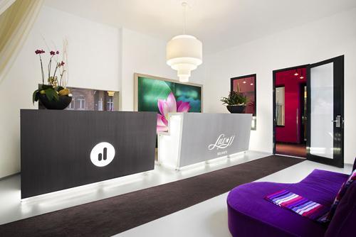 lux 11 berlin h tel design en technicolor paperblog. Black Bedroom Furniture Sets. Home Design Ideas