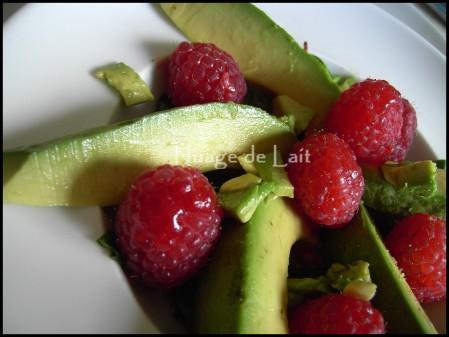 Avocats et framboises en salade 1 entr e toute simple et for Entree simple et originale