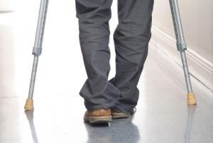 Un homme paralysé  marche avec du botox Homme-paralyse-marcherait-nouveau-grace-botox-L-1