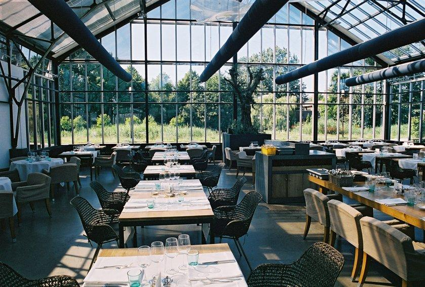 L\'idée jardin de luxe : diner dans une serre en fer forgé - Paperblog