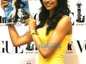 Deepika Padukone lance vogue (juillet 2009)