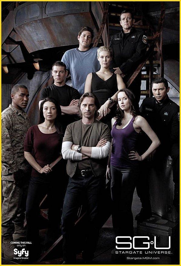 Stargate (SG1 & Atlantis & Universe) - Page 11 Stargate-universe-poster-promo-1re-saison-L-1