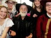 Unseen Academical Terry Pratchett lumière prochain Disque-Monde