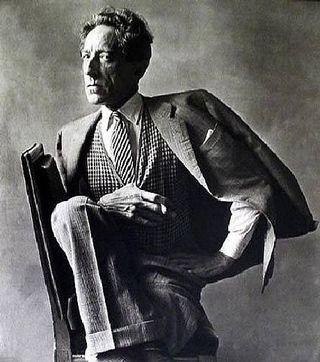 Jean_cocteau_1949_by_irving_penn_tirage_