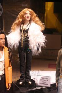 Victoria, James et Laurent en figurines