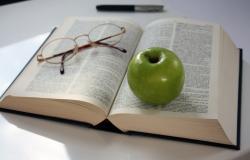 Des bourses d'étudiants offertes par un auteur de polars