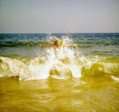 marilyn_beach