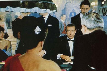 Sean Connery, Ian Fleming, Terence Young dans James Bond 007 contre Dr. No (Photo)