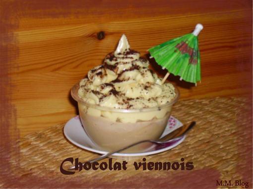 Savons fouettés banana colada et chocolat viennois